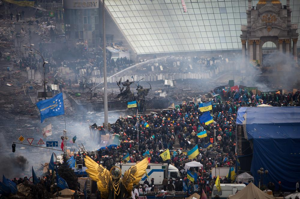 <p>Protesters continued to clash with riot police in central Kiev on Thursday, February 20.</p>