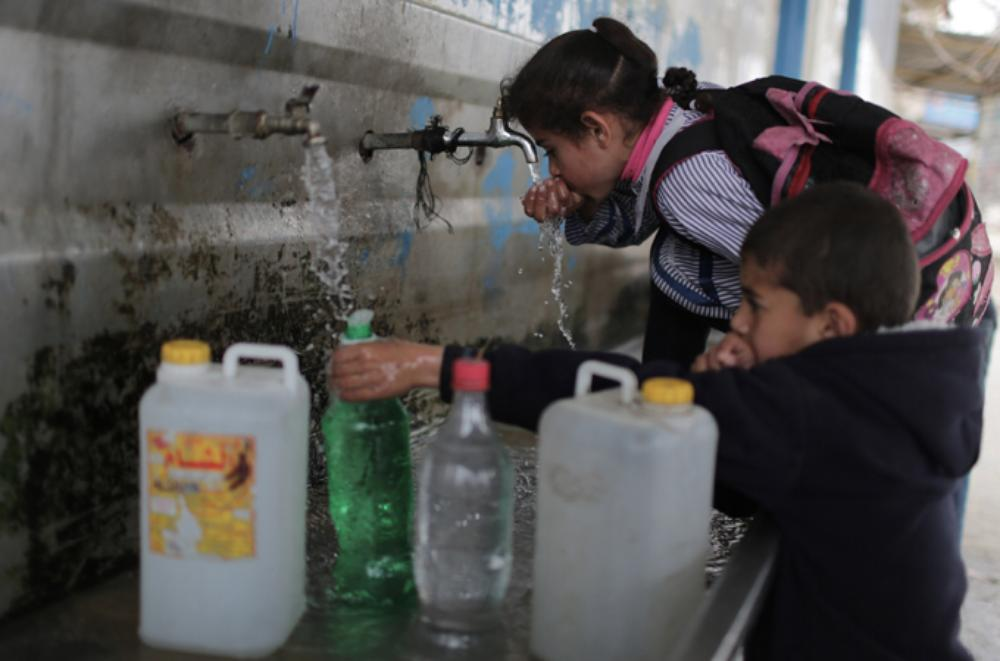 <p>The Palestinian Water Authority recently found that 95 percent of drinking water in the Gaza Strip does not meet World Health Organization (WHO) standards.</p>