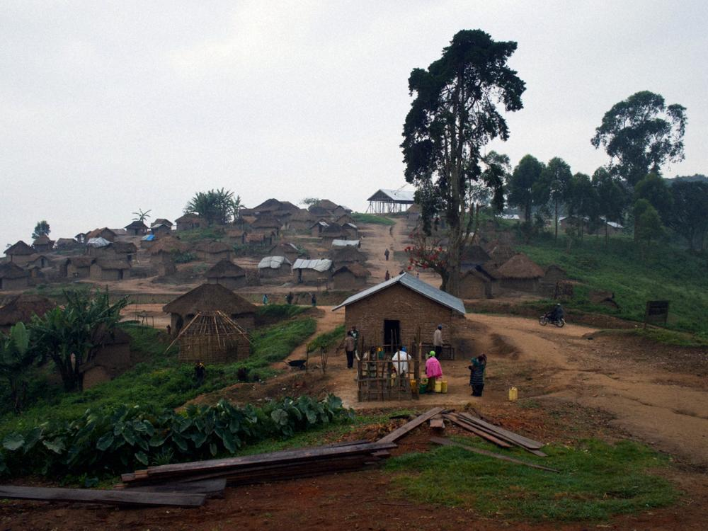 <p>A view of Buleusa - a village in the North Kivu region - early in the morning. Members of the Democratic Forces for the Liberation of Rwanda (FLDR) have been found here.</p>