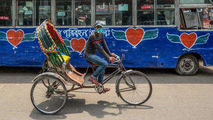 Bangladesh shutdown: Rickshaw pullers struggle to make a living thumbnail