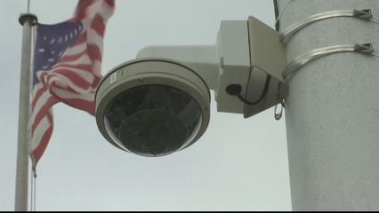 US protesters slam surveillance during COVID-19 crisis thumbnail