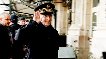 France lockdown: Police step up enforcement measures thumbnail