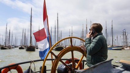Trying to stay afloat: Dutch heritage vessels sail in protest thumbnail