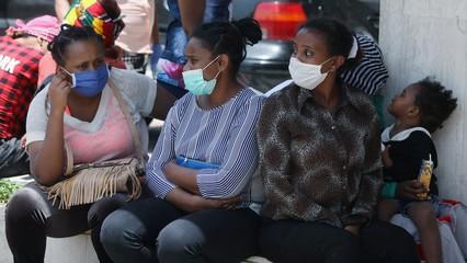 Lebanon's migrant workers abandoned amid economic crisis thumbnail