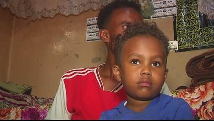 Coronavirus: Yemen refugees face terrible conditions thumbnail