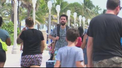 Florida faces COVID-19 surge after reopening thumbnail