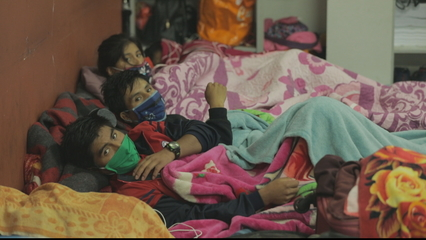 COVID-19: Thousands of foreign workers stranded in Chile thumbnail