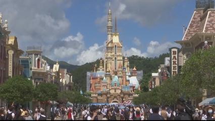 Disney World prepares to reopen as Florida posts daily surge thumbnail
