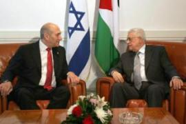 Olmert, left, met Abbas during a summit in the Egyptian resort of Sharm el-Sheikh [Reuters]