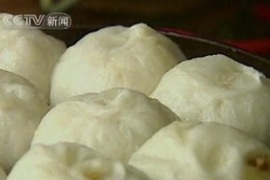Zi had said the steamed buns were stuffed with 60 per cent cardboard soaked in caustic soda
