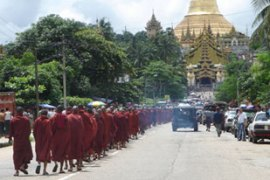 Authorities prevented hundreds of monks from entering Yangon's Shwedagon pagoda [AFP]