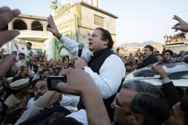 Nawaz Sharif has called for the judges to be reinstated [AFP]