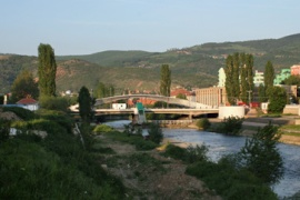 Mitrovica's north-south divide