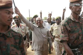 Al-Bashir visited Darfur on Thursday pledging to bring peace to the strife-torn region [AFP]