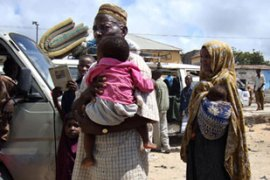 Mogadishu residents have been seen fleeing in packed vehicles or on foot [AFP]