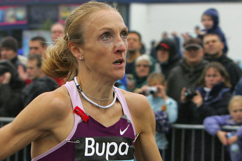 Paula Radcliffe keeps her eye on the clock during the Great South Run [GALLO/GETTY]