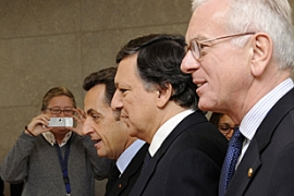 Sarkozy, left, and Barroso, centre, helped arrange the Washington summit with George Bush [AFP]