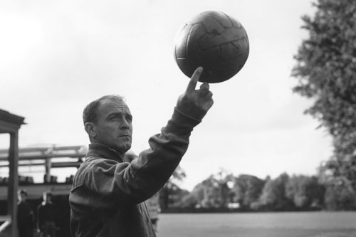 Spanish footballer Alfredo di Stefano, who played for Real Madrid, winner of the Ballon d'Or in 1957 and 1959 [GALLO/GETTY]