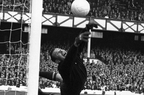 1963 winner Russian goalkeeper Lev Yashin, considered to be the finest goalie of all time [GALLO/GETTY]