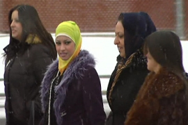 Video: Iraqis face hardships in US