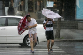 The storm caused roads to be closed and bus services to be cancelled in the eastern provinces [Reuters]