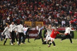 Egypt defeated Algeria 2-0 to force a play-off on November 18 for a 2010 World Cup place [AFP]