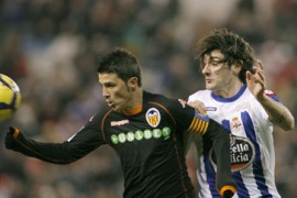 Valencia held as Almeria sack coach