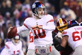 Giants stay in playoff hunt