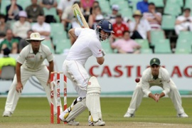 Strauss leads England reply