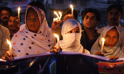 In Hyderabad in Pakistan, a nation wracked by violence in 2009, people came together to pray for peace [EPA]