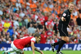 Arsenal took an early lead and continued to trounce Blackpool winning 6-0 [AFP]