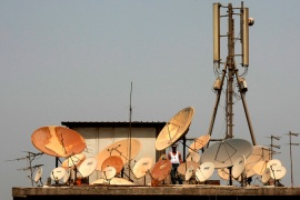 Egypt shuts down more TV stations