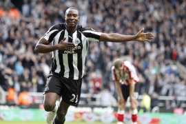 Newcastle hit local rivals for five