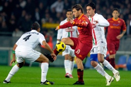 Juve held at home by Roma