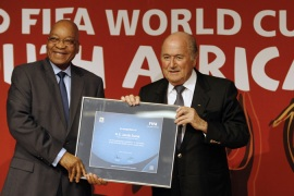 Blatter: Respect tradition at 2022