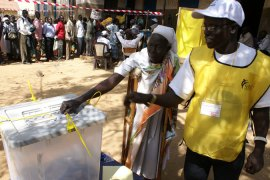 Masses turn out to vote in S Sudan