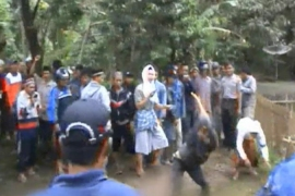 Islamic sect attacked in Indonesia