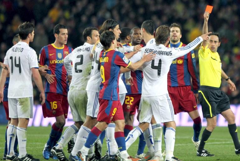 In Pictures: Mourinho v Guardiola | Gallery News | Al Jazeera