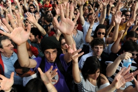 Youth protesters have organised a peaceful occupation of Plaza del Sol against unemployment and corruption among politicians