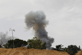 Fighting rages for key Libyan oil port