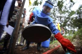 Nepal's government clears last minefield