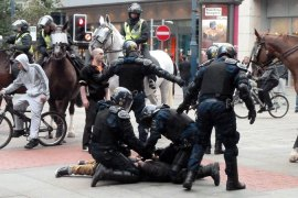 Riots spread to more UK towns and cities