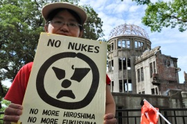 Japan PM marks Hiroshima with nuclear pledge