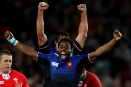 France beat Wales in tense semi-final
