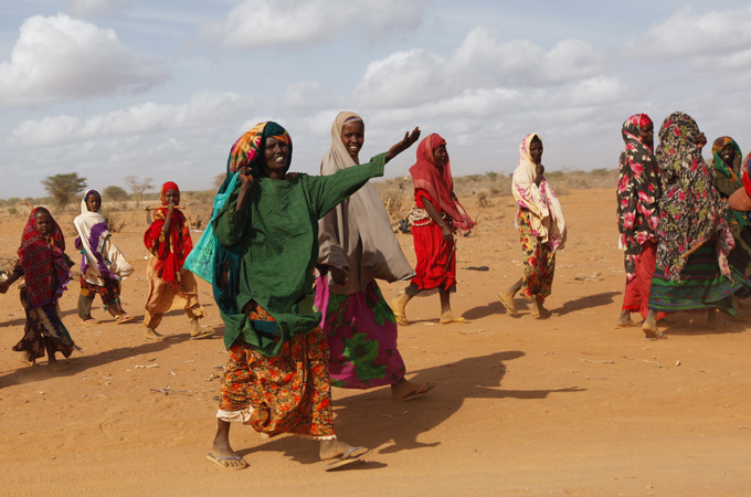 Kenya says Dadaab, Kakuma refugee camps to close next year | Refugees News