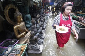 Hundreds killed in Southeast Asia floods