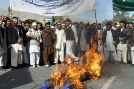 Afghans protest against long-term US pact
