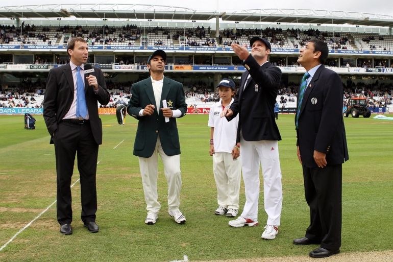 England captain Andrew Strauss makes the toss at the start of the fourth Test at Lord(***)s in August 2010, as opposing skipper Salman Butt looks on. Pakistan were on a high and looking to draw the series after winning by four wickets at The Oval [GALLO/GETTY]