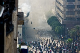 In Pictures: Tahrir square burns