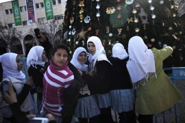 Crowds flock to Bethlehem for Christmas